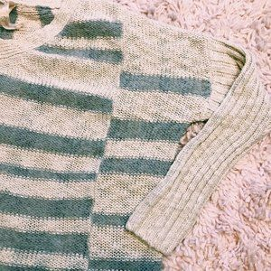 Mystree Sweaters - Mystree Gray & White Striped 3/4 Sleeve Sweater